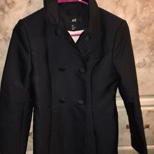 H&M trench coat. Cotton/polyester size 4